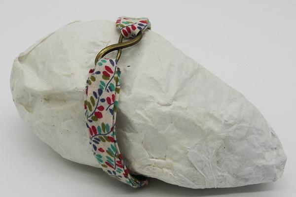 Série de bracelets en tissu biais Liberty
