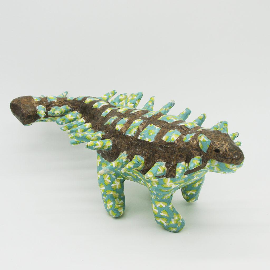Ankylosaure bleu et bronze en papier mâché
